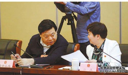 镜头中的两会现场|青海:检察公益诉讼开启
