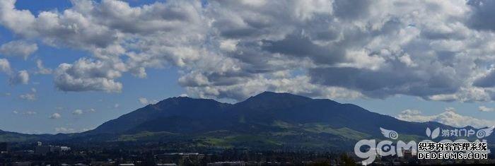 一探暗黑起源?加州女子闯荡迪亚波罗山意外中暑