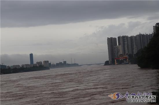 乐山遭遇入汛以来私服网页游戏最大一次降雨 紧急转移2062人