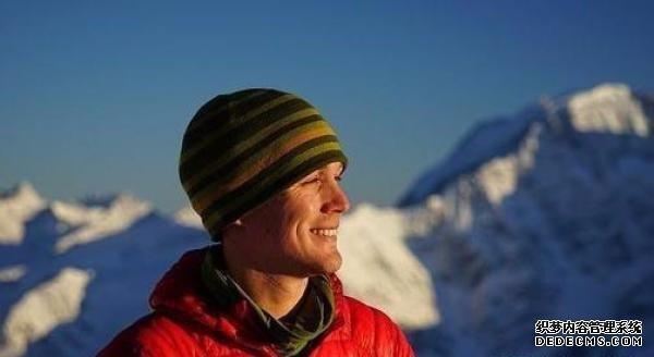 美国冒险家独自跋涉5私服网页游戏4天 成为无援助穿越南极洲第一人
